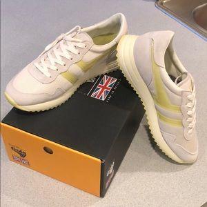 NWT Gola Sneakers 👟